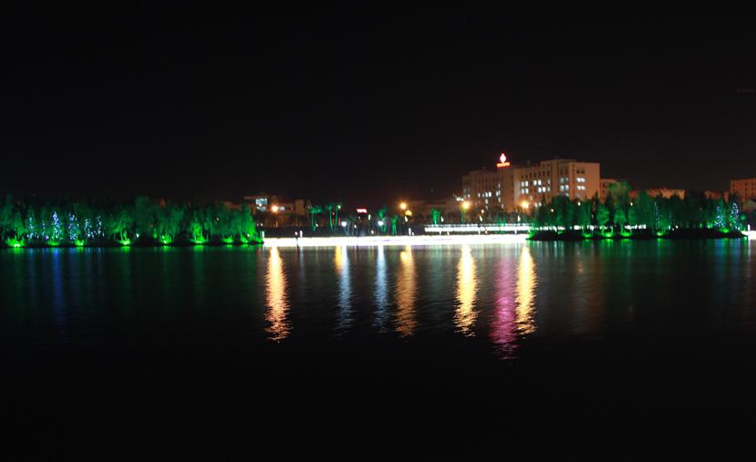 云南临沧市玉龙湖公园景观照明工程